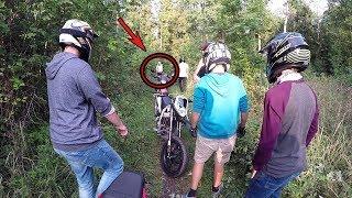 Frau rastet aus im Wald! - German Motorcycle Road Rage!