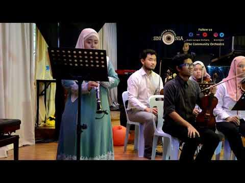 Zapin Saujana by Sinfonian Alya Nasron on Clarinet