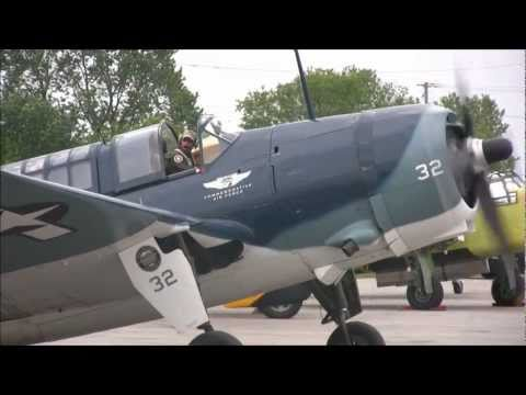 Curtiss-Wright SB2C Helldiver Navy Bomber