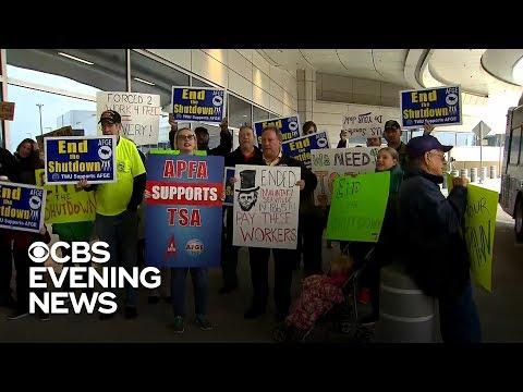 TSA workers protest, head to food banks amid shutdown