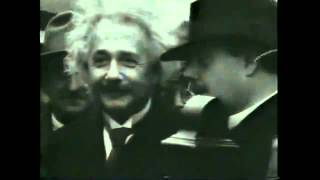 Einstein cracks joke