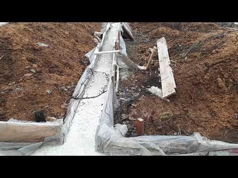 Ленточный фундамент после зимы.Использовал стеклопластиковая арматура 10,бетон м 300.