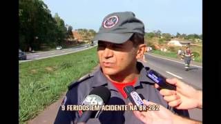 Acidente deixa nove pessoas feridas na BR-262, em Pará de Minas