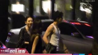 《搜狐娱乐》李承铉戚薇深夜吃烤肉 疑似恋情曝光