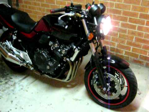 Honda CB400 Super Four 2010 - YouTube