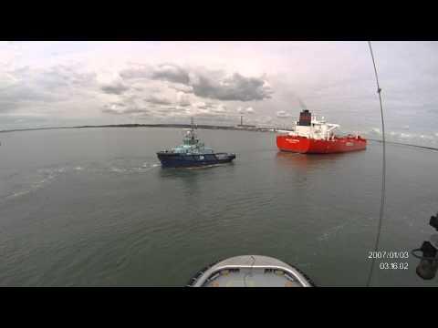 Tug Vortex and tug Phenix escorting Sallie Knutsen