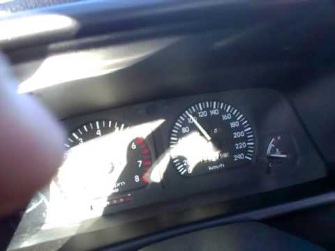 Hyundai Scoupe GT acceleration stock