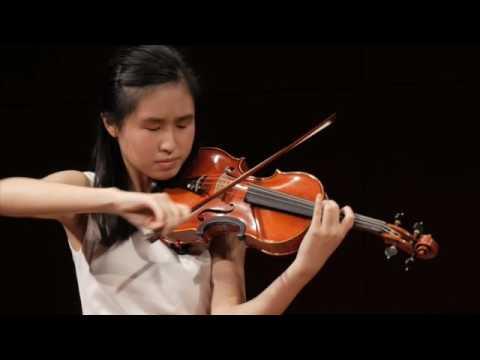 Bach vs Saint-Saens