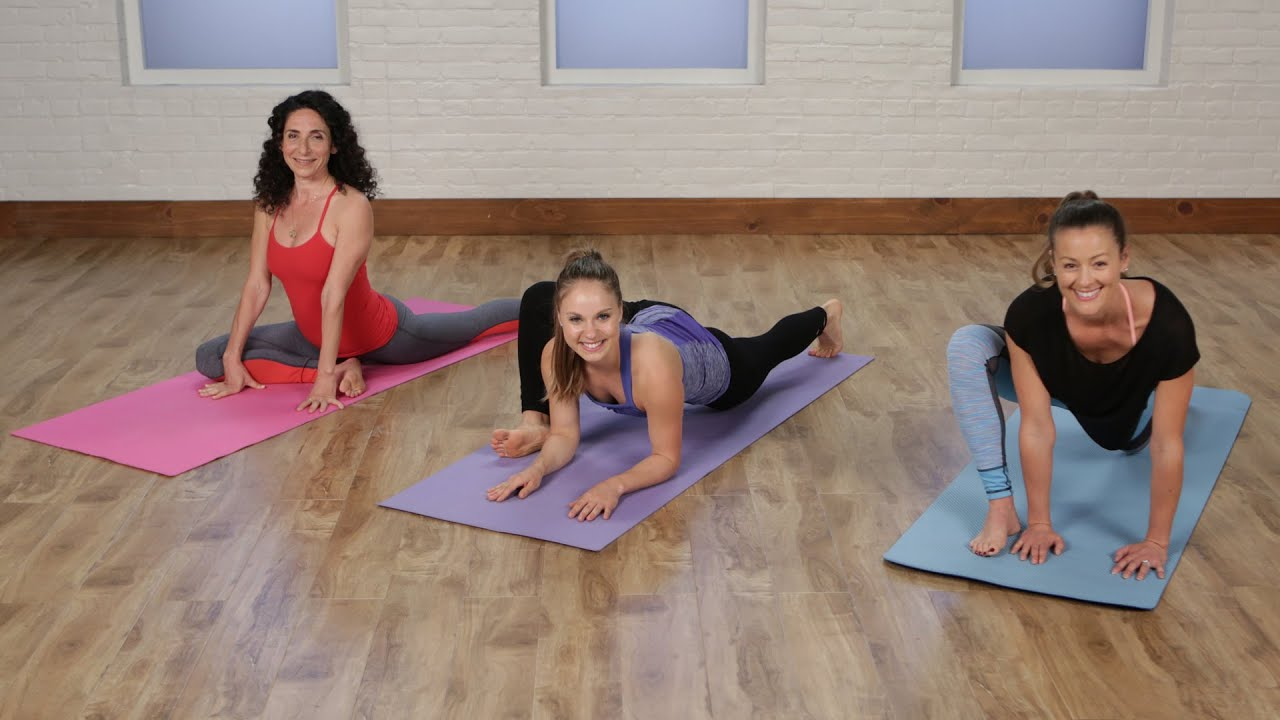a1af213bc7 5-Minute Yoga Stretch Routine to Work Up to the Splits | Class FitSugar