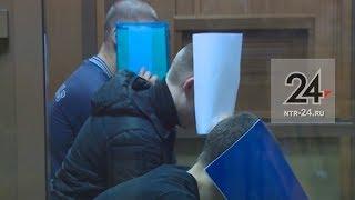Мать зверски убитого Сурикова во время оглашения приговора выбежала из зала суда