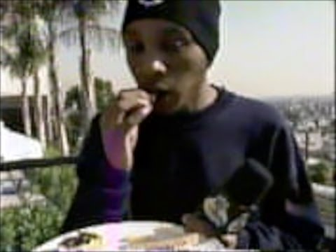 Del The Funky Homosapien gets the Munchies in Interview!