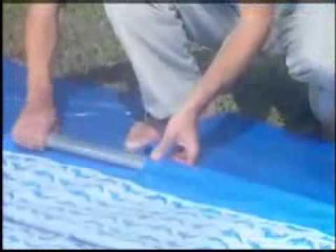 Pose de la piscine tubulaire rectangulaire bleue bestway for Piscine tubulaire rectangulaire bestway