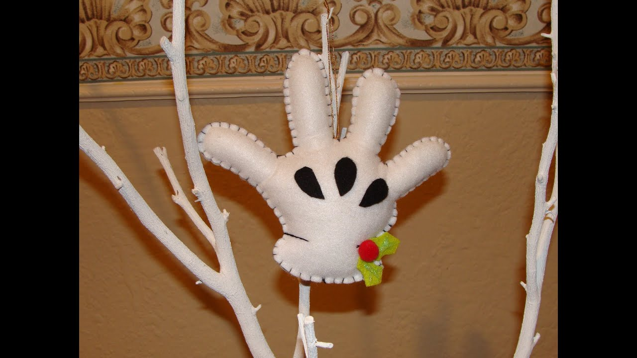 DIY- Guante de Mickey en fieltro / Mickey´s felt glove christmas ...