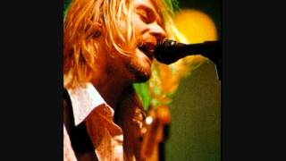 Nirvana - Radio Friendly Unit Shifter Live 18/02/1994 -  Le Summum - France - HQ