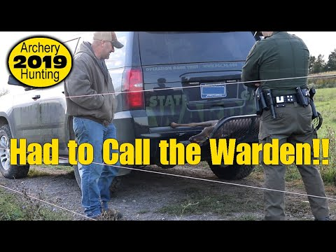 BOWHUNTING 2019: Unexpected Event/Game Warden At My Farm!! Ep.01