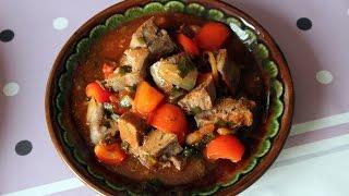 Язык в томатном соусе с овощами/ Tongue in tomato sauce with vegetables