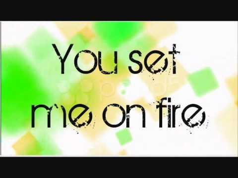 Gasoline - Britney Spears Lyrics