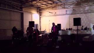 "DANI MALE & i TELEVIDEO - ""Iggy"" Live 20/04/2014"