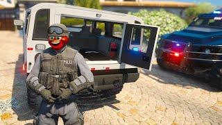 Officer Strawbaby Joins the SWAT TEAM! (GTA 5 Mods)
