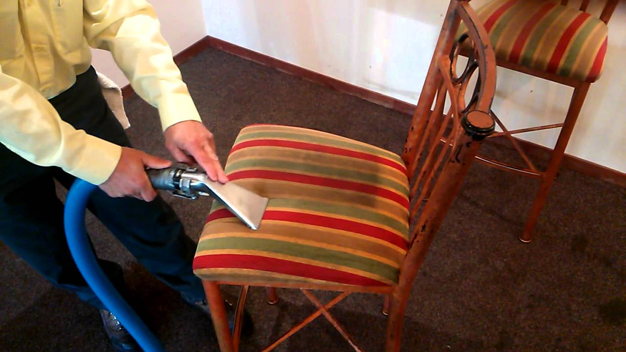 Professionally Clean Sofa Upholstery Cleaning Services In
