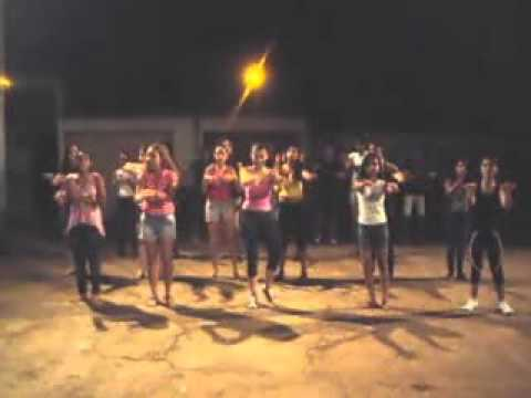 EAC Guadalupe dançando Sticky Dough(ensaio 09/11/11)
