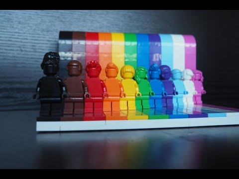 LEGO® goes Pride - Everyone is Awesome Set