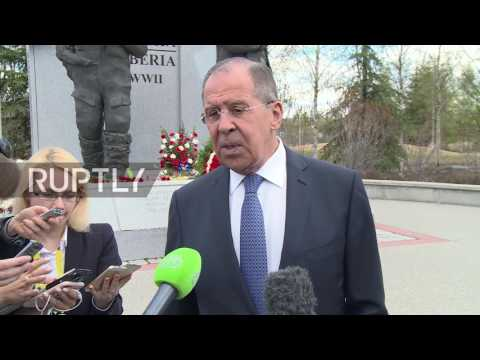 USA: FM Lavrov and Ambassador Kislyak lay wreaths at Lend-Lease Memorial in Alaska