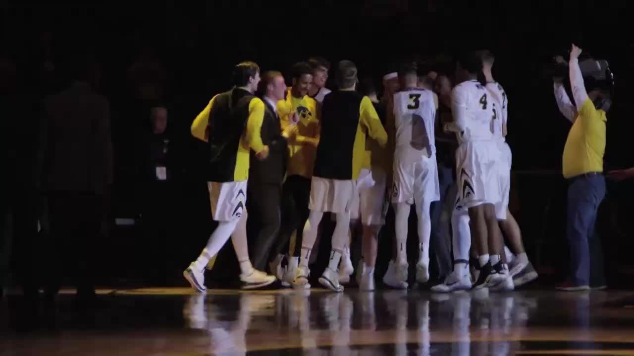 Iowa basketball dances past No. 5 Michigan