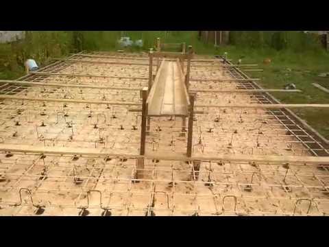 Строим гараж с нуля без опыта - Монтаж приемного лотка для бетона