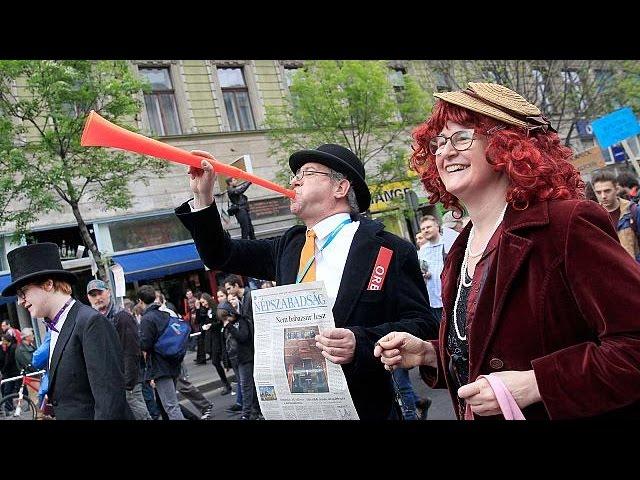 <h2><a href='https://webtv.eklogika.gr/oungaria-diadilosi-kata-ormpan' target='_blank' title='Ουγγαρία: Διαδήλωση κατά Όρμπαν'>Ουγγαρία: Διαδήλωση κατά Όρμπαν</a></h2>