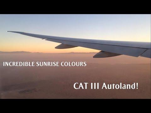 Emirates 777-300ER | Stunning Foggy Sunrise Approach into Dubai