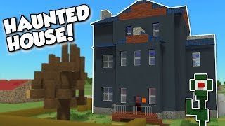 EXPLORING A HAUNTED HOUSE!? - Voxel Turf Gameplay - City Building Game & Sky Base