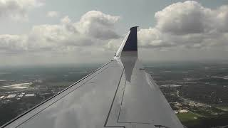 United Express ERJ-175 Sunny landing Houston-IAH