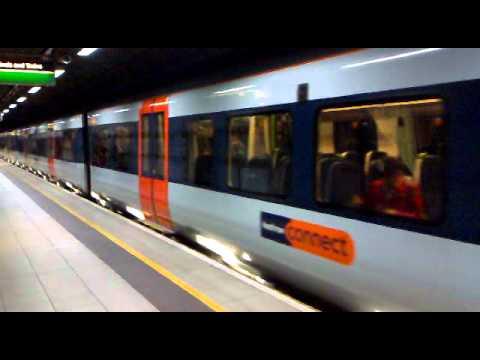 Heathrow connect train arriving at heathrow central station heathrow connect train arriving at heathrow central station terminals 1 2 3 sciox Choice Image