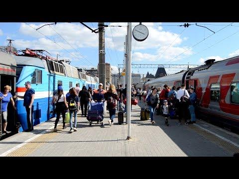 Движуха на Ярославском вокзале Москвы