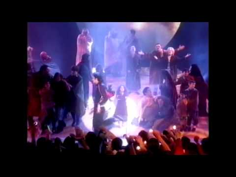 Michael Jackson - Earth Song (Brit Awards 1996)