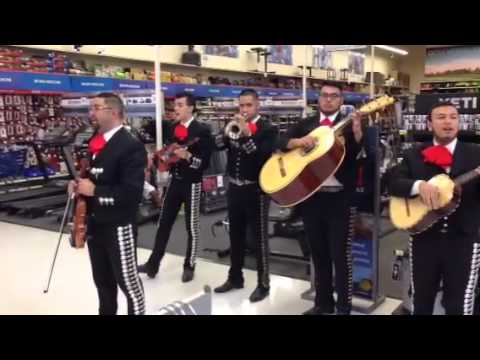Mariachis at Academy Sports in Odessa Texas 10 03 2015