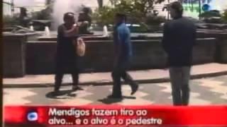 Pegadinha do João Kléber - Mendigos Fazem Tiro ao Alvo