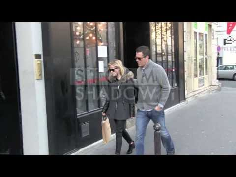 EXCLUSIVE  Reese Witherspoon and her husband Jim Toth shopping at APC store in Paris