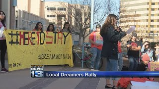 2018-01-20-00-49.Local-immigrants-rally-at-Civic-Plaza-to-urge-Congress-to-deliver-DREAM-Act