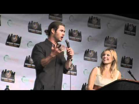 Chris Hemsworth Q&A Wizard World Comic Con 2012