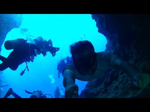 Freediving Blue Holes in Palau, part 1
