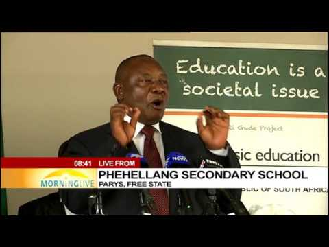 Ramaphosa congratulates 2016 F State class and encourages 2017 class