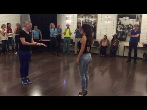 Bachata Sensual first class - Andreas and Yenny