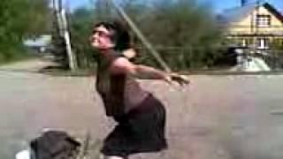 поселок Тайцы тусуется(Наташа проститутка...собирает мусор и тусуется....в деревне Большие Тайцы..., 2012-03-10T20:49:12.000Z)