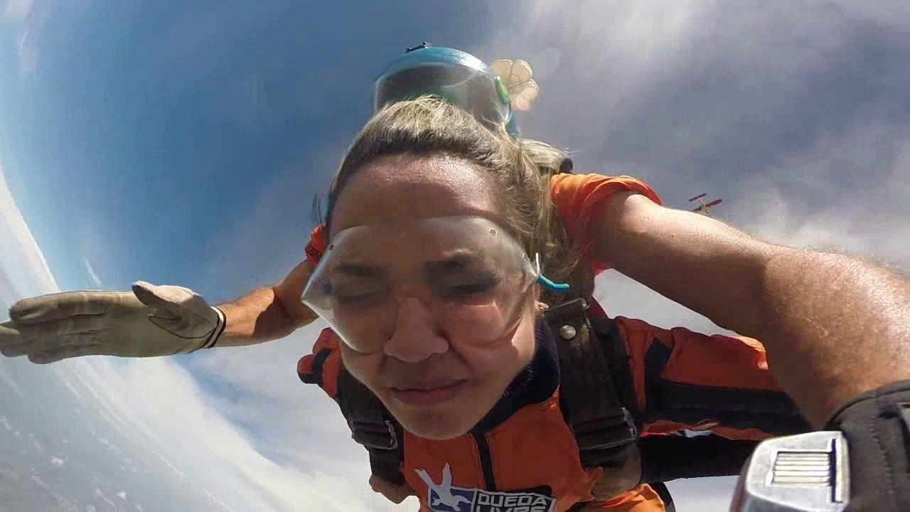 Salto de Paraquedas da Camila A na Queda Livre Paraquedismo 29 01 2017