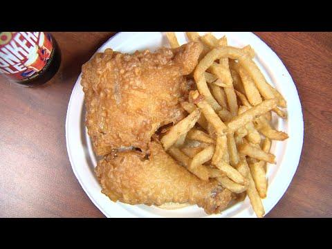 Chicago's Best Fried Chicken: Rip's Tavern