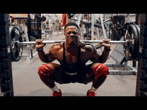 POWERFUL LEGS & SHOULDERS ROUTINE IN DUBAI! | SIMEON PANDA