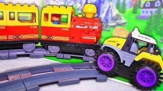 Мультики з іграшками про паровозики і машинки. Поїзди для дітей: залізниця. Відео про трактор.
