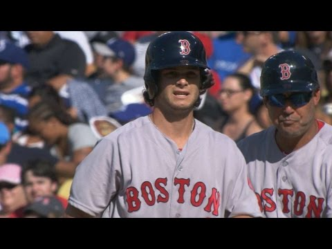 BOS@LAD: Benintendi tallies three hits, steals second